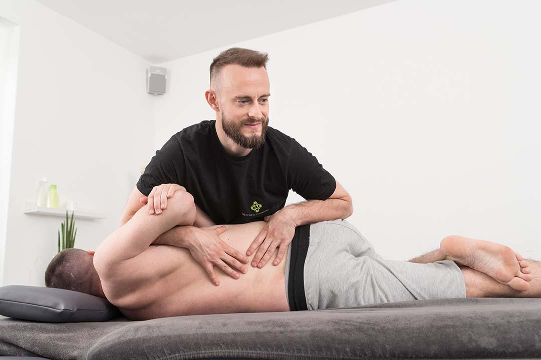 Schmerzen lindern mit Physiotherapie