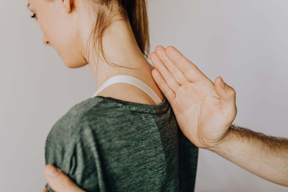 Rückenschmerzen behandeln Köln